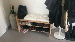 Garderoben-Sitzbank mit 2 Schuhablagen