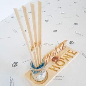 Dekoteller mit Schriftzug Home mit 1 Glas 1 Fächer und Zierkiesel aus Holz Buche oder Zirbe
