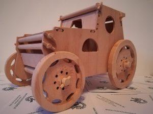 Motorikspiel für Kleinkinder Design Traktor mit Zubehör aus Holz Buche