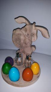 Tischdeko Dekoteller Ostern mit Salzstreuer Motive sortiert aus Holz Buche