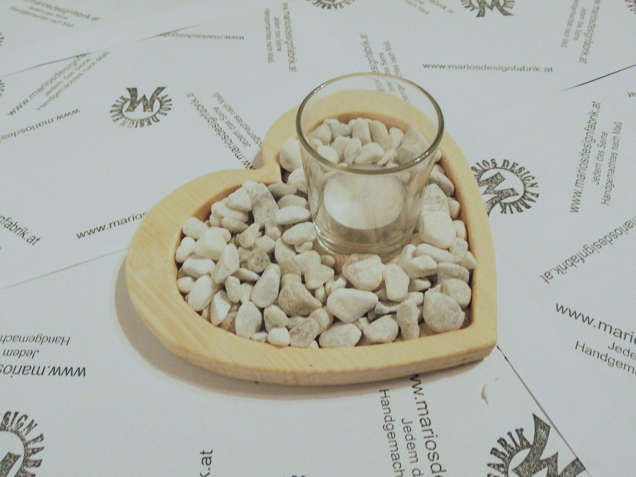 Dekoteller Tischdeko Herz aus Holz Buche oder Zirbe