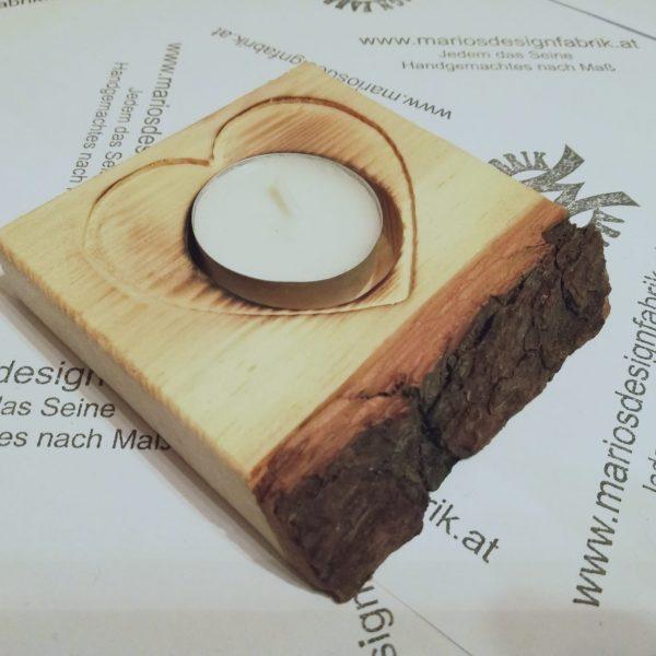 Teelichthalter Tischdeko Herz rustikal mit Rinde aus Holz Zirbe