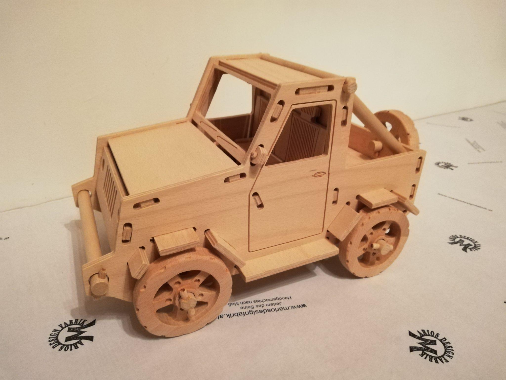 Fahrzeug Spielzeug aus Holz Design Jeep Wrangler